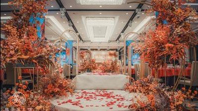 用温暖的色彩去酿造一场浓郁复古的秋色系婚礼