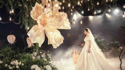 营造出萤火虫森林梦幻美感的森系婚礼