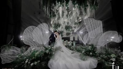 简约唯美又有着法式庄园浪漫感的白绿色系婚礼