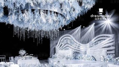 既简单高级又纯净通透的蓝色+白色系婚礼