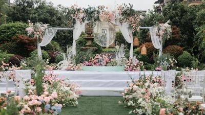 清新自然的户外婚礼