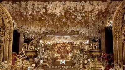 轻奢且浪漫的香槟色系欧式宫廷风婚礼