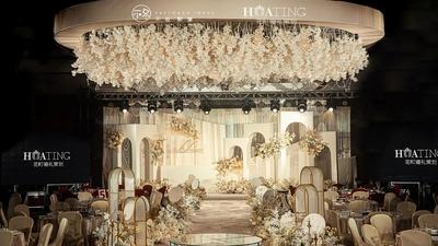 既温馨干净又素雅柔和的香槟色系婚礼
