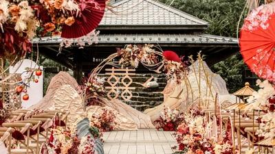 于浓烈中透露出东方意境之美的新中式婚礼