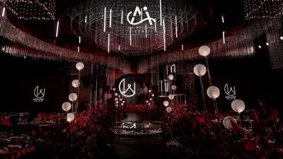 高贵优雅又有着神秘感的勃艮第红色+黑色系婚礼