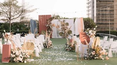 优雅浪漫又带点少女感的复古风户外婚礼