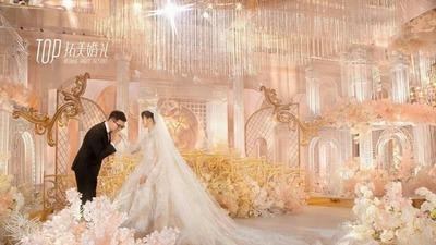 摒弃了常规欧式的厚重感,打造一场通透感的城堡主题婚礼