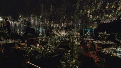 充满了原生态自然气息的沉浸式森系婚礼