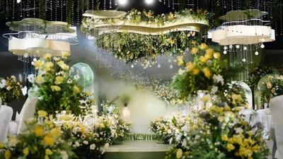 有着温馨质感清新又自然的绿色+黄色系森系婚礼