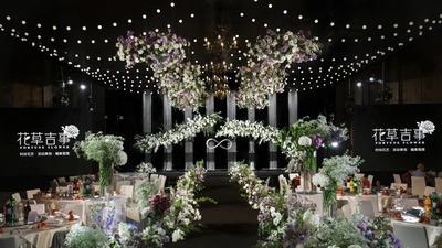 清新中又透露着高贵典雅气息的韩式婚礼