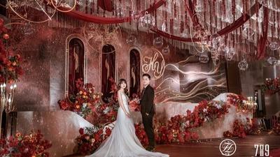 典雅高贵且轻奢浪漫的红色+金色系婚礼