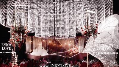 梦幻且浪漫的迪士尼城堡主题童话婚礼