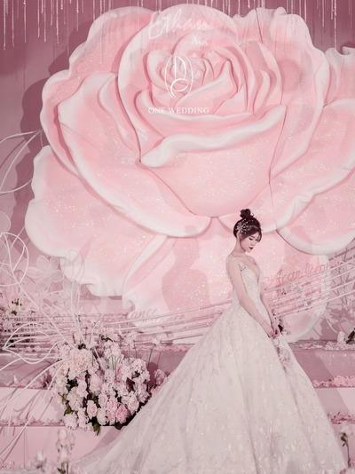 唯美浪漫的粉色系玫瑰婚礼