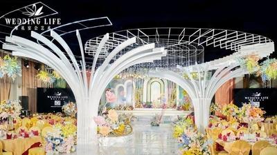 一场充满了童话色彩的法式田园风婚礼