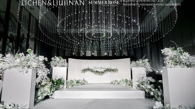 白绿色系极简风婚礼