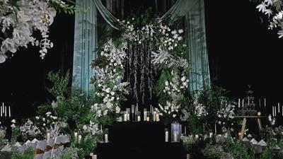 时尚又简约的白色+绿色系高级感韩式婚礼