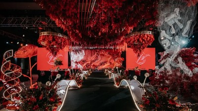 又甜又酷气场超强的红黑色系婚礼