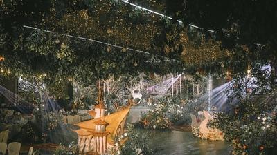 把童话和梦境融入其中,打造一场生命力满满的森系婚礼
