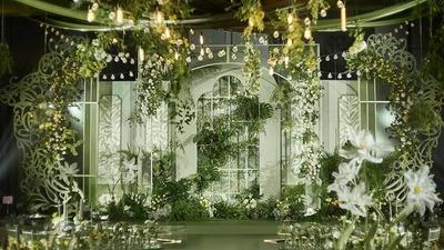 把法式浪漫复古情怀渲染到极致的油画风婚礼