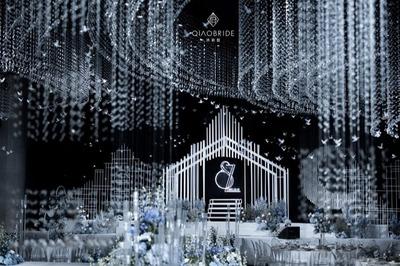 通透而纯粹的水晶婚礼
