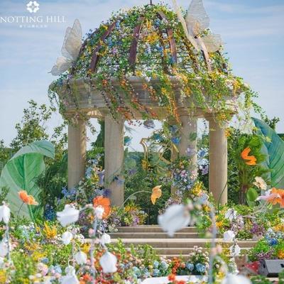 色彩绚丽的花园风婚礼