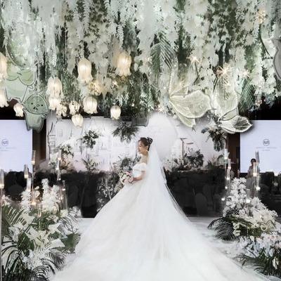 白绿色系城堡主题婚礼